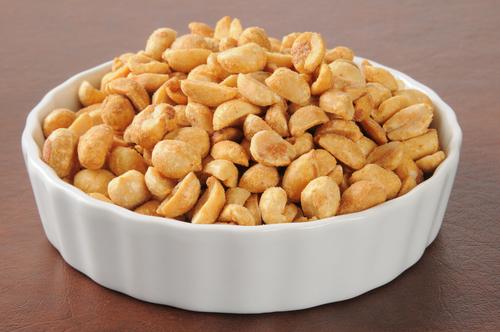 Эксперты выяснили, почему на арахис возникает аллергия