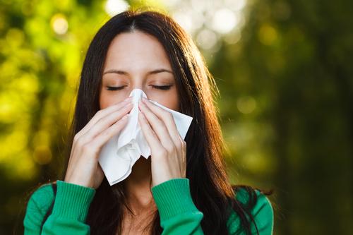 Частый симптом аллергии - насморк